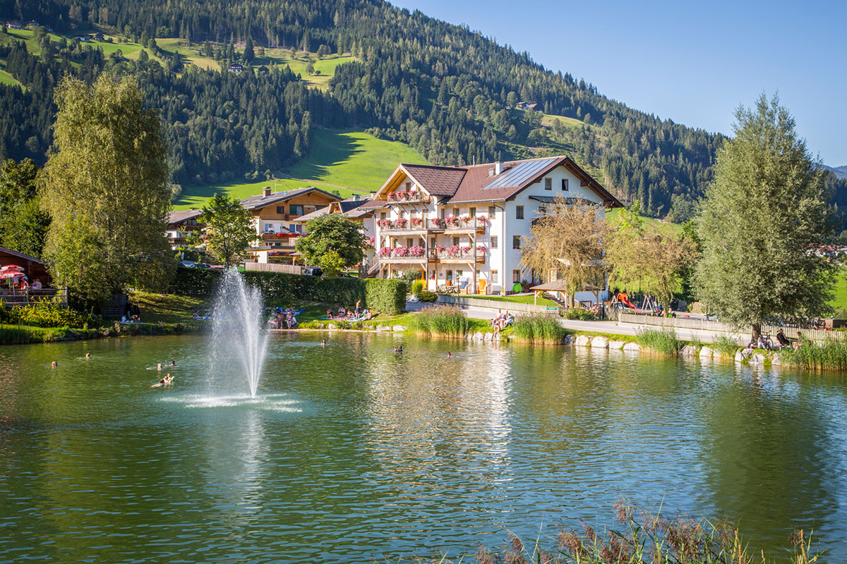 Sommerurlaub in Flachau, Badeurlaub direkt am Badesee, Aparthotel am Reitecksee